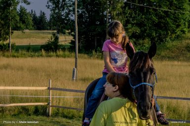20150712 DSC02398 385x256 - HorseCamp 2015 — 3. teden