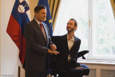 20160927 DSC03815 384x256 - Nick Vujicic in Slovenia, 2016