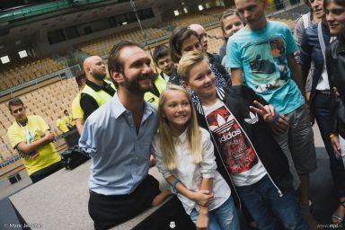 20160928 DSC05380 384x256 - Nick Vujicic in Slovenia, 2016