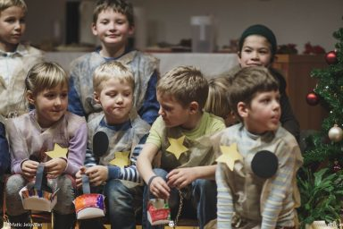 "20161211 181205 DSC02165 fullsize 384x256 - ""Poseben Si"" Christmas Children's show in Radovljica"