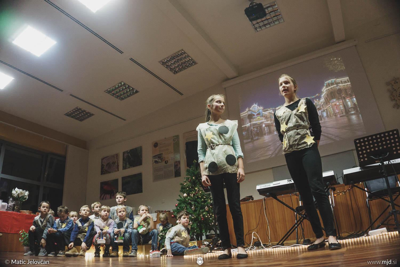 """20161211 182608 DSC02332 fullsize - """"Poseben Si"""" Christmas Children's show in Radovljica"""
