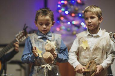 "20161211 183000 DSC02365 fullsize 384x256 - ""Poseben Si"" Christmas Children's show in Radovljica"