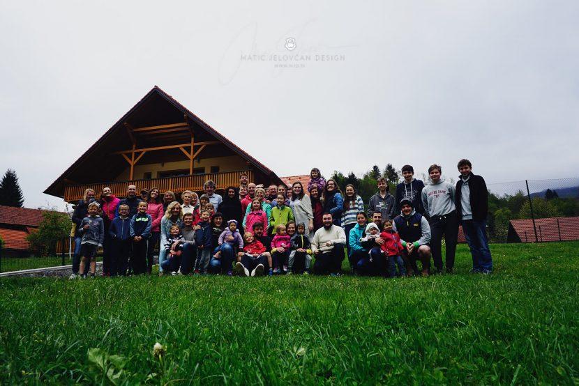 2017 04 23 09.37.44 DSC00016 small 830x554 - Cerkveni oddih, EKC Radovljica v Osilnici