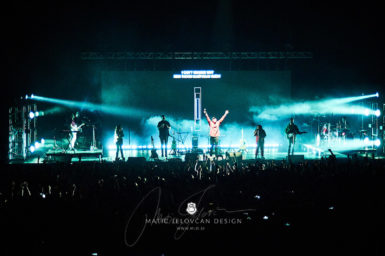 2017 10 21 19.42.49 DSC0645 web wm 385x256 - Hillsong in Budapest with my Nikon