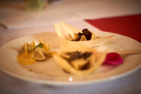 "18 5 24 12 24 03 DSC07715  JPEG web 493x329 - Culinary Innovation: ""Chocolate žlikrofi"""