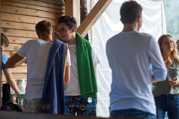 18 9 8 15 02 22 DSC03598  JPEG web 611x407 - 5 Baptisms