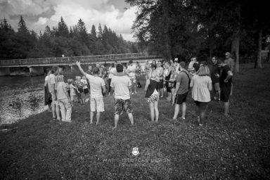 18 9 8 15 12 43 DSC03636  JPEG web 384x256 - 5 Baptisms