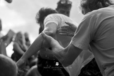 18 9 8 15 34 02 DSC03835  JPEG web 384x256 - 5 Baptisms