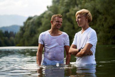 18 9 8 15 34 42 DSC03854  JPEG web 384x256 - 5 Baptisms