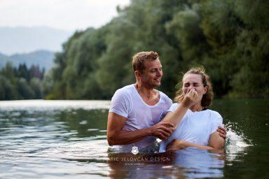 18 9 8 15 37 43 DSC03955  JPEG web 384x256 - 5 Baptisms