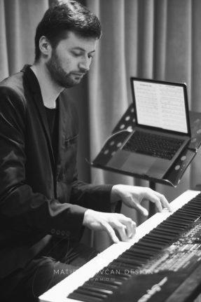 """18 10 28 171 287x431 - """"Dar srca 2018"""" in Ljubljana's Philharmonic Hall"""