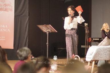 18 11 17 0316 w conf S  MJD 385x256 - 17. Ženska konferenca v Ljubljani