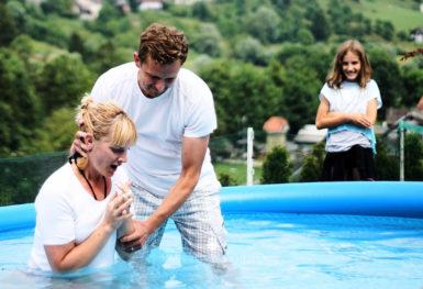 19 6 22 0083 web  MJD 385x263 - Katjin krst
