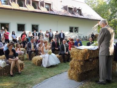 DSCN21581 384x288 - My cousin gets married