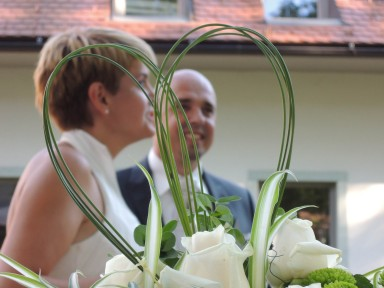 DSCN22271 384x288 - My cousin gets married