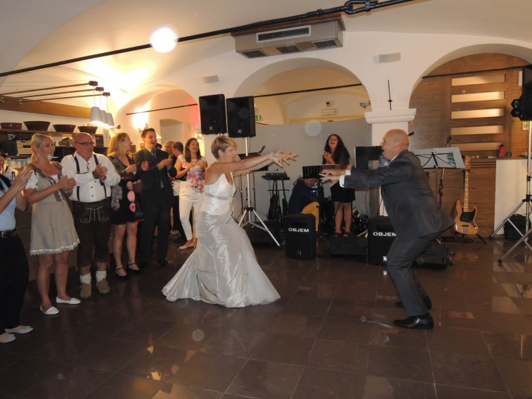 DSCN23051 773x580 - My cousin gets married
