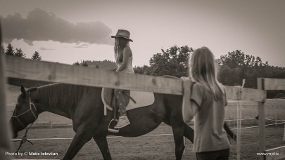 20150720 C0075 1 405x228 - HorseCamp 2015 — 4. teden