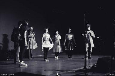 "20160806  DSC4304 384x255 - ""Alien"", Performing Arts Camp 2016 Show"