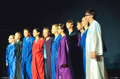"20160806  DSC4337 384x254 - ""Alien"", Performing Arts Camp 2016 Show"