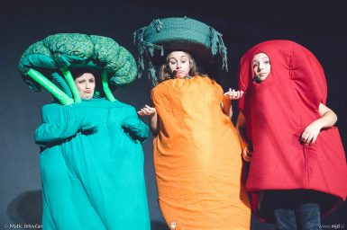 "20160807 DSC01526 385x256 - ""Alien"", Performing Arts Camp 2016 Show"