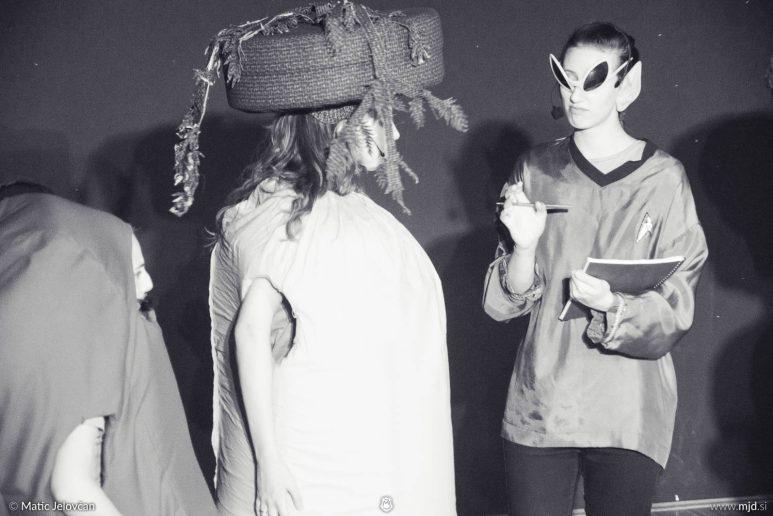 "20160807 DSC02354 773x516 - ""Alien"", Performing Arts Camp 2016 Show"