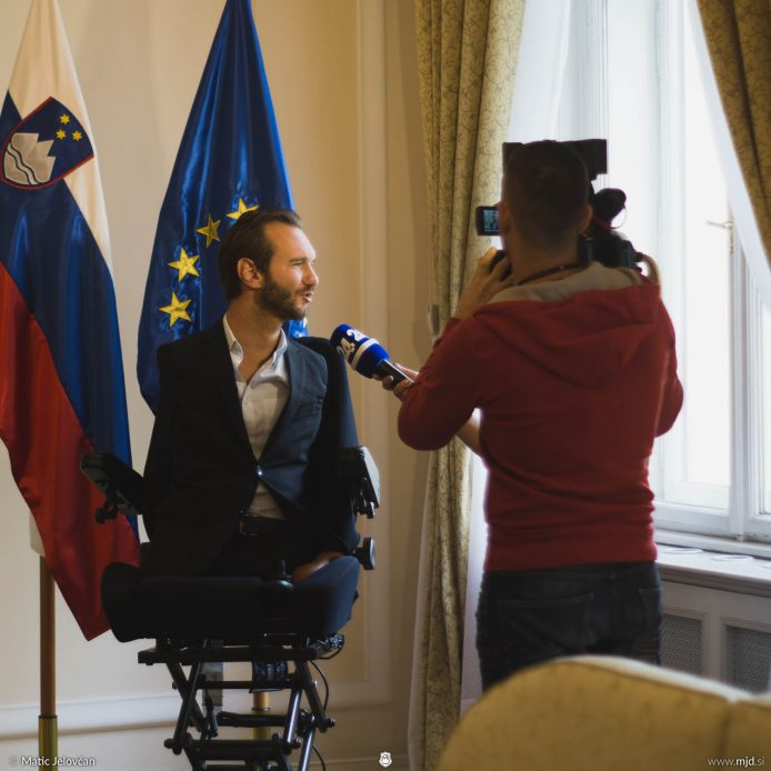 20160927 DSC03817 694x694 - Nick Vujicic in Slovenia, 2016
