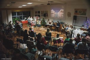 "20161211 183124 DSC02410 fullsize 304x203 - ""Poseben Si"" Christmas Children's show in Radovljica"