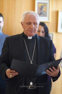2017 05 23 13.33.24 DSC01312 Web 210x315 - Inauguration of the new premises of the Bible Society of Slovenia