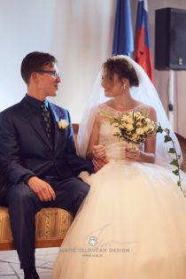 2017 10 07 14.31.59DSC09221 0 Web wm 210x315 - Laura & Paul's International Wedding