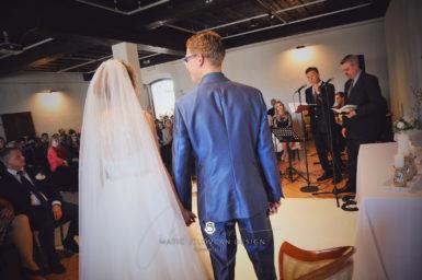 2017 10 07 15.07.29 DSC9180 0 Web wm 385x256 - Laura & Paul's International Wedding