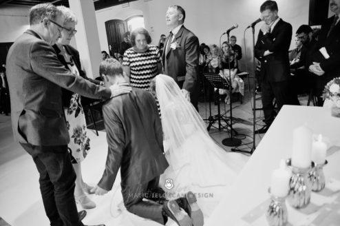 2017 10 07 15.11.02 DSC9200 0 Web wm 494x328 - Laura & Paul's International Wedding