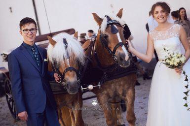 2017 10 07 15.44.52DSC00016 0 Web wm 385x256 - Laura & Paul's International Wedding