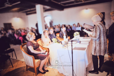 2017 10 07 16.06.52 DSC9278 0 1 Web wm 385x256 - Laura & Paul's International Wedding