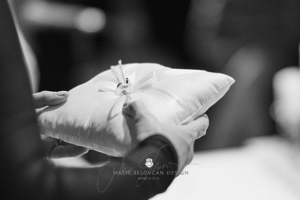 2017 10 07 16.14.15DSC00061 0 Web wm 610x407 - Laura & Paul's International Wedding