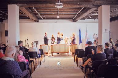 2017 10 07 16.15.03 DSC9291 0 Web wm 384x255 - Laura & Paul's International Wedding