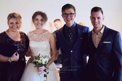 2017 10 07 16.20.57DSC00176 0 Web wm 412x275 - Laura & Paul's International Wedding