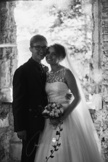 2017 10 07 16.53.55DSC00502 0 Web wm 210x315 - Laura & Paul's International Wedding