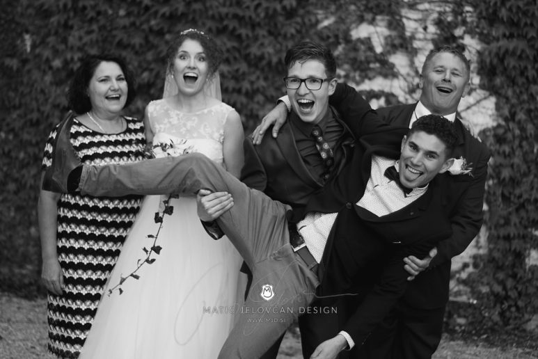2017 10 07 17.01.52DSC00585 0 Web wm 773x516 - Laura & Paul's International Wedding