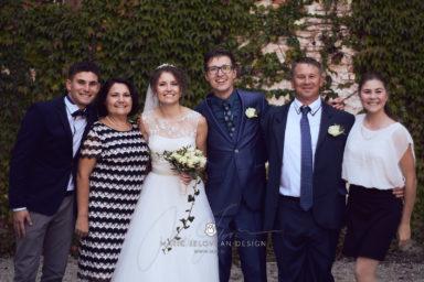 2017 10 07 17.02.16DSC00602 0 Web wm 384x256 - Laura & Paul's International Wedding