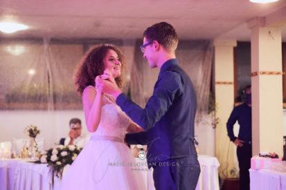 2017 10 07 21.10.19DSC01345 0 Web wm 413x275 - Laura & Paul's International Wedding