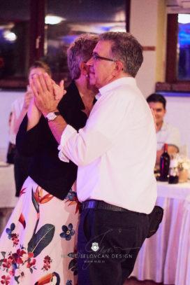 2017 10 07 21.16.06DSC01507 0 Web wm 272x407 - Laura & Paul's International Wedding