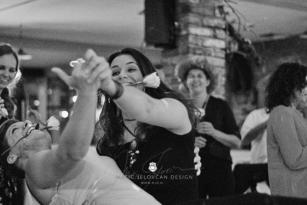 2017 10 08 01.36.38DSC03154 0 Web wm 610x407 - Laura & Paul's International Wedding
