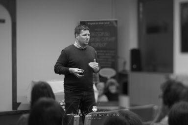2017 11 12 17.55.37DSC00554 web 384x256 - DiŽ Seminar v Mariboru