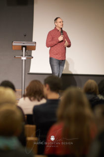2017 11 18 11.08.25DSC00647 0 web wm 210x315 - Seminar o svetopisemskih načelih v poslovnem življenju, November 2017