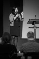 2017 11 18 11.30.40DSC00699 0 web wm 153x229 - Seminar o svetopisemskih načelih v poslovnem življenju, November 2017