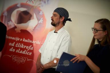 "18 5 24 12 08 07 DSC07641  JPEG web 384x256 - Culinary Innovation: ""Chocolate žlikrofi"""