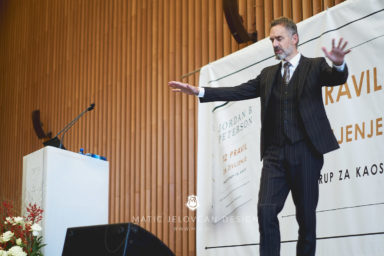 18 11 18 0005 strbunk  MJD 384x256 - That day, when Jordan B. Peterson spoke in Slovenia