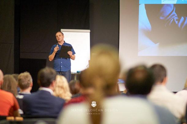 "19 9 28 0109 web  MJD 611x408 - Ninth Seminar ""Successful Business Life"""