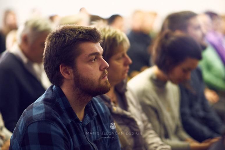 20 2 16–0193  MJ10770 web 773x516 - 6 Baptisms