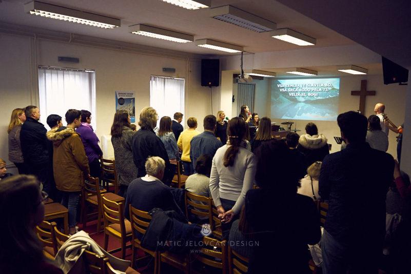 20 2 16–0268  MJ10941 web 801x534 - 6 Baptisms